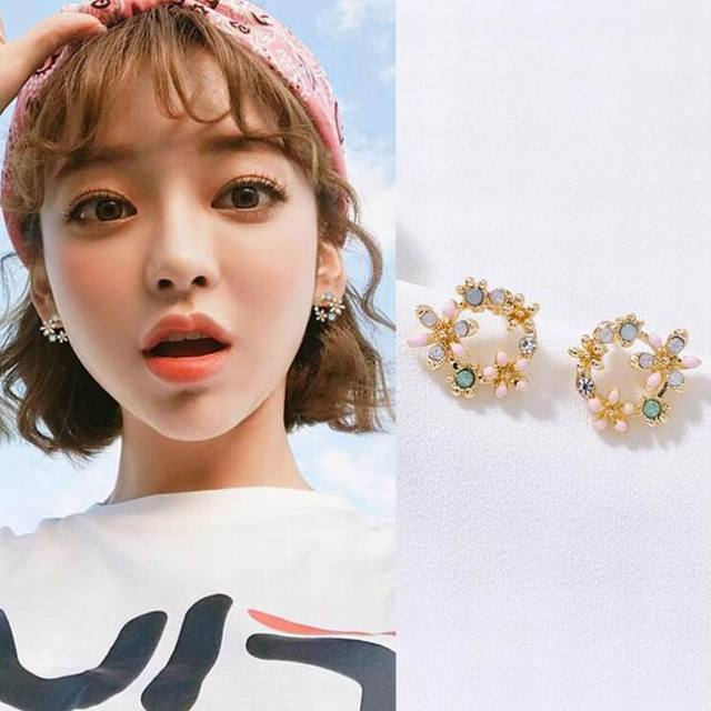 Colorful Rhinestone Wreath Stud Earrings