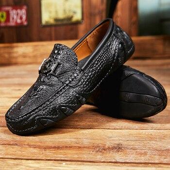 черная замша мужская обувь | Мужская повседневная обувь; летние мужские лоферы без шнуровки; Мужская обувь из спилка черного цвета; повседневные лоферы; модные кроссовк...