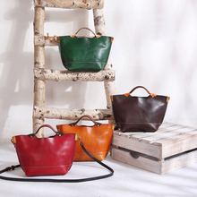 YIFANGZHE Genuine Leather Crossbody Bags for Women, Small Vintage Girls Shoulder Mini Clutch Bag Roomy Purse Messenger