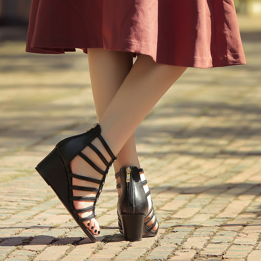 Confortable Wedge Marque white D'été Sandales T De Femmes Rivet Designer Cuir Vente Véritable strap Black Cheville Gladiateur Sandalias Chaussures Bottes wnx8p4X7q8