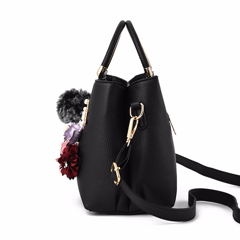 Women Bag Leather Handbag Women Shoulder Bag Tote Flowers Shell Sac A Main Femme Rivets Fur Ball Pendant Luxury Designer Ladies 1