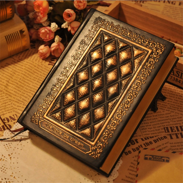 2019 retro blank inside page notepad hardcover leather face book A5 relief planner notebook brush gold side of the book