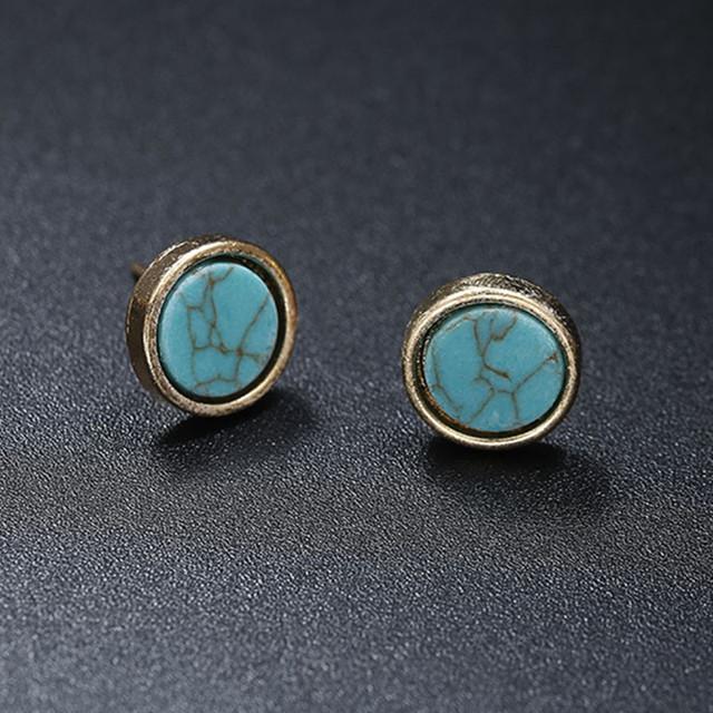 2018 New Fashion Stud Earrings Black White Stone Geometric Earrings Round Triangle Design Punk Ear Jewelry Brincos