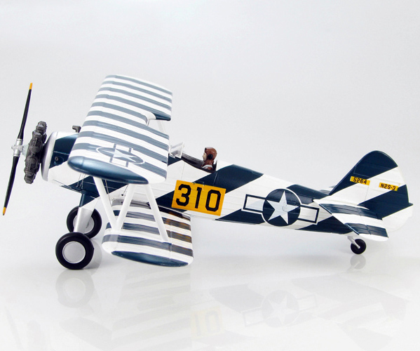 Scale Model 1/48 HA8107 American Vintage propeller aircraft Stearman PT-17 trainer investigation model Favorites Model pt 17 trainer remote control aircraft aeromodelling 4 ch 2 4ghz stearman pt 17 rc bi plane airplane pnp and kit