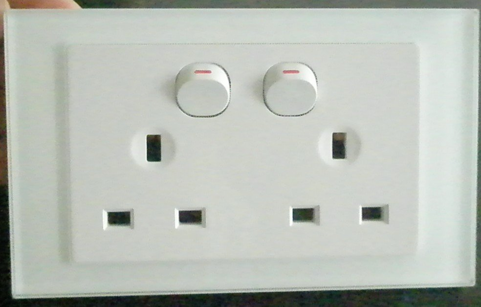 13 A Double Power Switch Socket British Uk Standard White