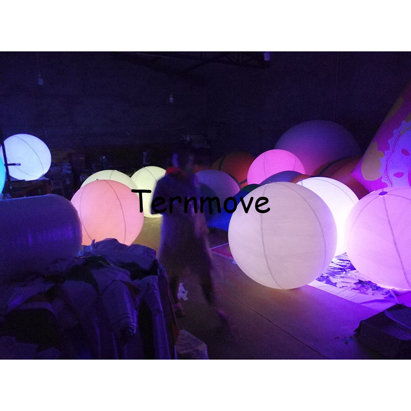 inflatable touch change color beach ball PVC Inflatable LED Lighting Balloon Remote Control throw ball for concert