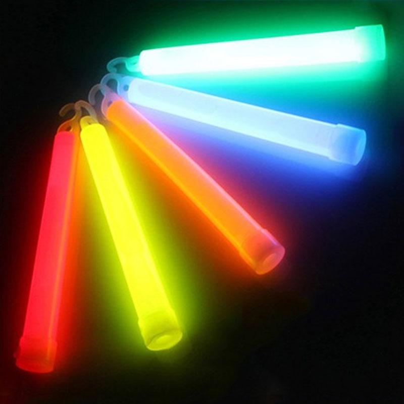 10 piezas de 6 pulgadas de grado Industrial resplandor palos de luz parte de palo Camping luces brillante químico fluorescente color al azar YH-1