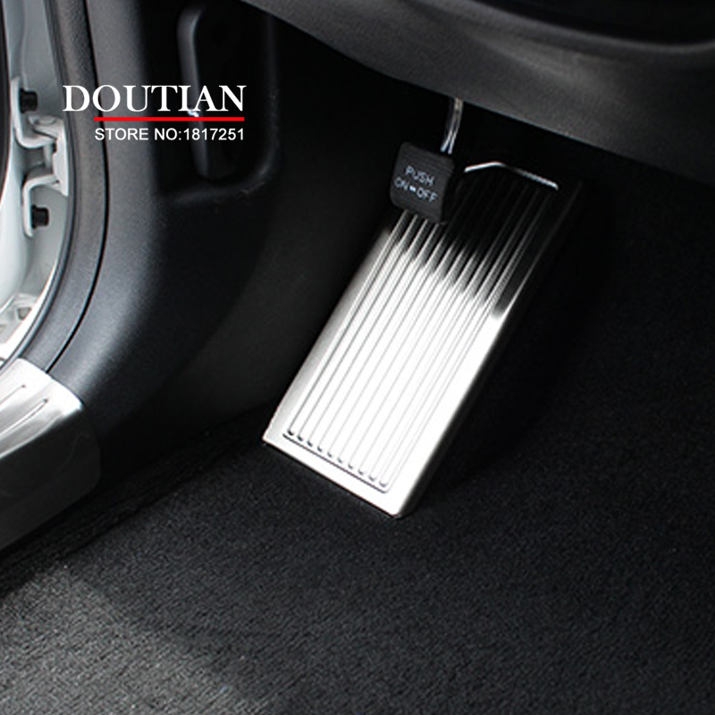 High Quality Stainless steel foot inner Brake Rest lamp frame trim Break Pedal moulding For <font><b>Kia</b></font> Sportage 2017 Car Accessories