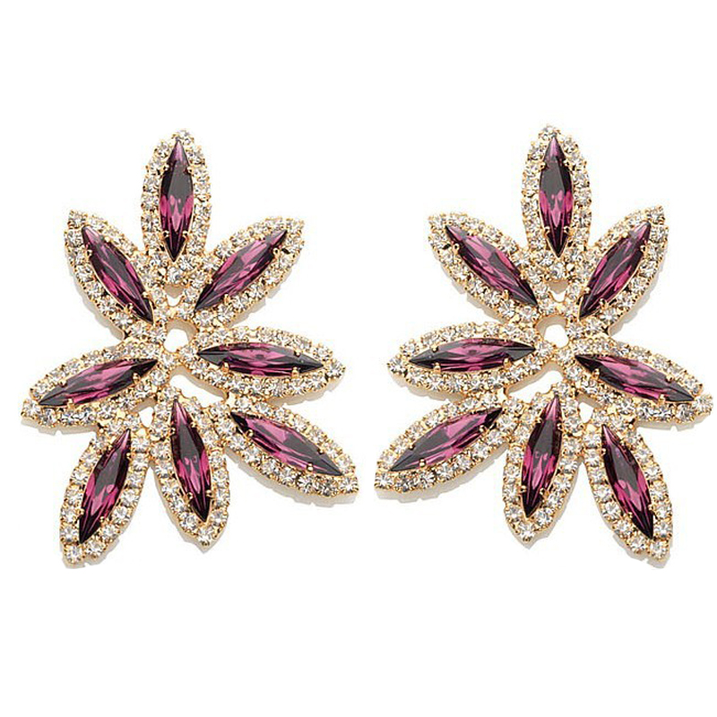 YFJEWE High Quality Vintage Leaf Shape Earrings For Women Trend Exaggerated Crystal Earrings Matching Summer Dress #E077