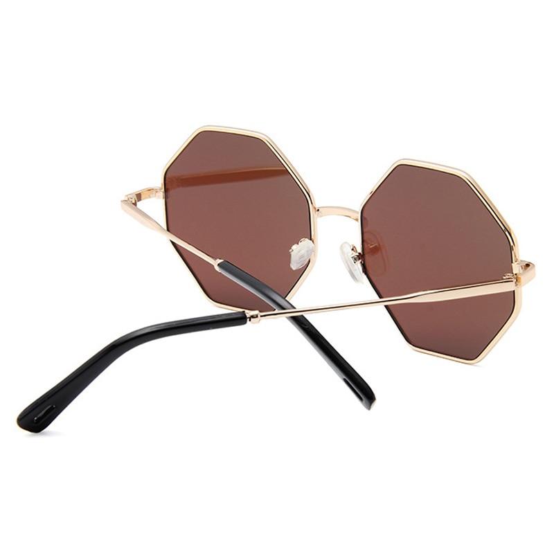2019 Novas Mulheres Óculos De Sol De Luxo Da Marca Designer Pequeno UV400  Octagon Poligonal Óculos De Sol Tons Quadrados Retro Feminino Óculos de Sol  em ... 85ede099cd