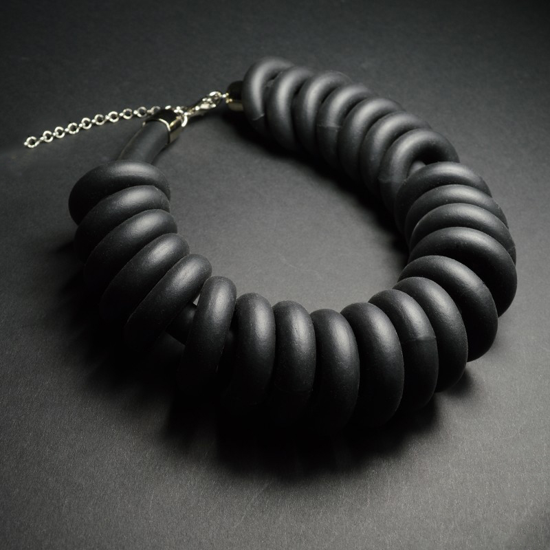 foam-rubber-ring-necklace (1)