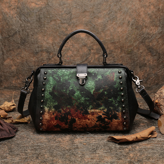 Business Handbag Women Doctor Shoulder Sling Bags Genuine Leather Messenger Bags Handmade Retro Lady Frame Handbag Studded Bags