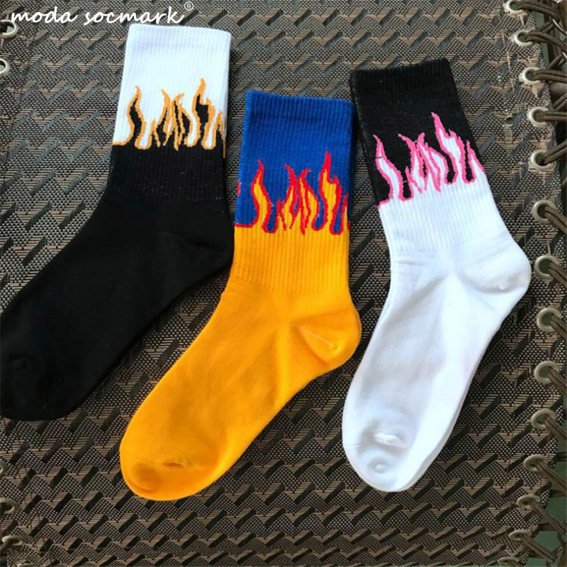 Unisex Flame Black White Yellow Fire Sokken Novelty Hip Hop Harajuku Socks Skateboard Calceines Mujer Street Skarpetki Socks