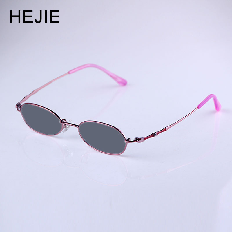 Woman Pure Titanium Photochromic Myopia Reading Glasses Small Size Frames Diopter+0.25 +1.25+1.5+1.75+2.0+2.25+2.5.+4.0 RS0052 1|Women's Reading Glasses| |  - title=