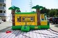 Envío gratis por mar caliente venta comercial gorila inflable de diapositivas casa saltando juguete inflable