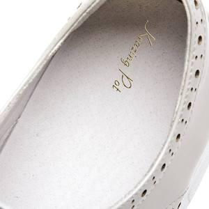 Image 5 - Krazing pot 2019 nova moda dedo do pé redondo ventilado rendas até tênis plataforma inferior grosso primavera confortável sapatos vulcanizados l10