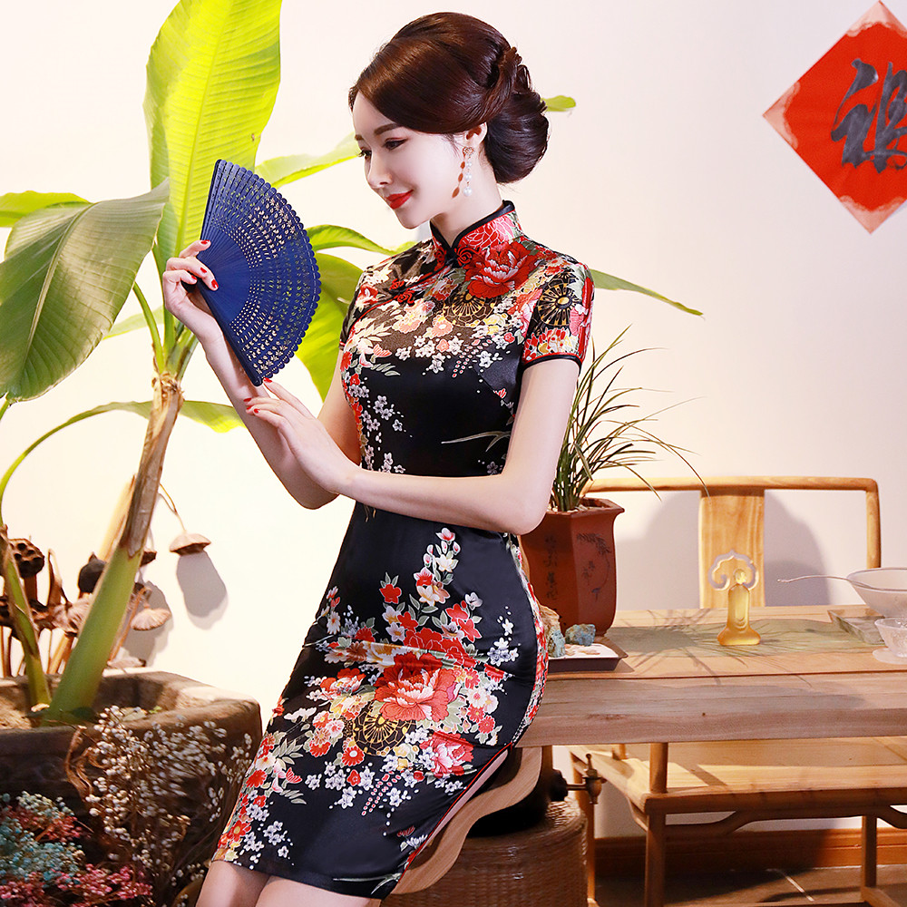 BLACK Print Flower Women Short Slim Cheongsam <font><b>Sexy</b></font> High Split <font><b>Chinese</b></font> Traditional <font><b>Dress</b></font> Plus Size Rayon Qipao Vestidos S-6XL image
