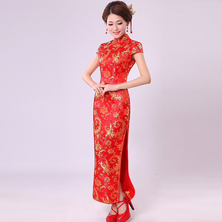Chinese Traditional Dress Pteris Flower Married Red Cheongsam Long