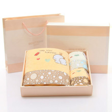 Набор полотенец-подарочная коробка из трех предметов с микрофиброй, полотенце с кроликом, набор полотенец