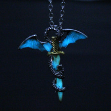 Game Of Thrones Dragon Sword Luminous Pendant Necklace