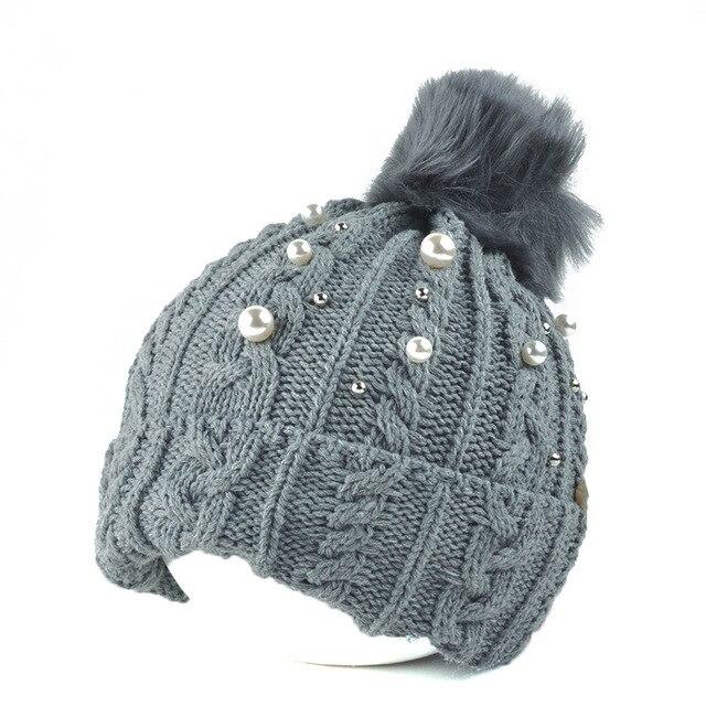 Moda niñas invierno Pom perla lana de punto gorros sombrero Rhinestone  caliente Skullies sombreros con estilo 370eacff175