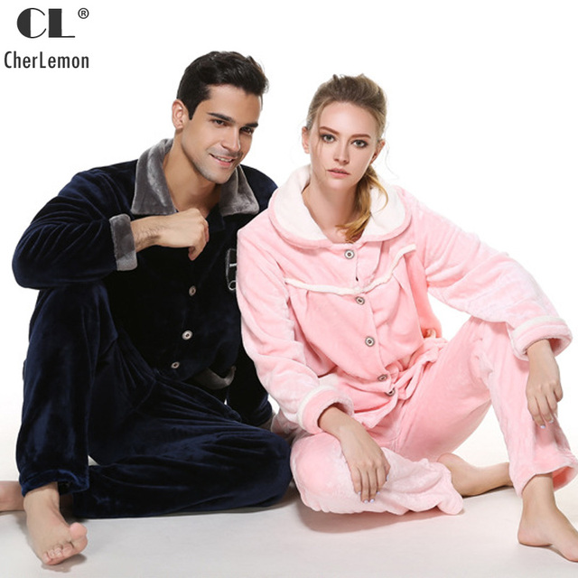 9679f10ba CherLemon Homens e Mulheres Velo Coral Pijamas Outono Inverno Casal Pijama  de Flanela Quente Clássico Botão