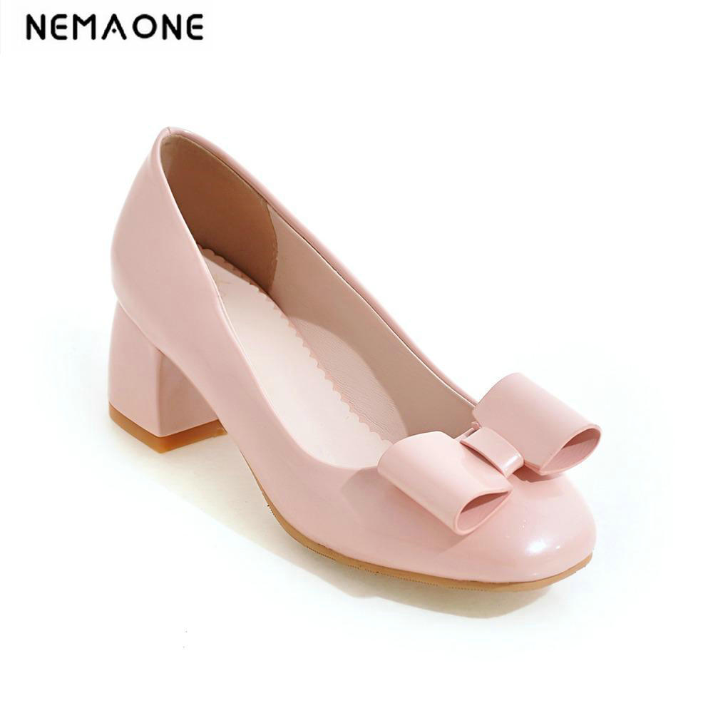 2018 New women Pumps patent leather office lady work shoes square heel pump woman formal dress comfort mother shoes