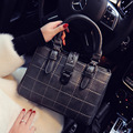 veevanv winter 2016 new bag retro fashion bag killer Spiraea single shoulder bag buckle rivet lattice