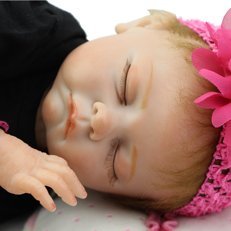 Soft Silicone Vinyl Reborn Doll Baby 22 Inch Realistic Cloth Body Newborn Babies Real Looking Alive Toy Kids Birthday Xmas Gift