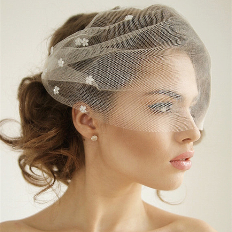 Romantic Applique Flower Wedding Veils Hair Soft Blusher Brides Veil For Woman Bridal Tulle Veil In High Quality