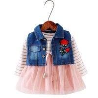 Nouveau 1-3 ans filles vêtements ensembles 2017 automne filés de coton tutu robe + denim floral gilet manteaux 2 pièces ensembles vêtements pour todders