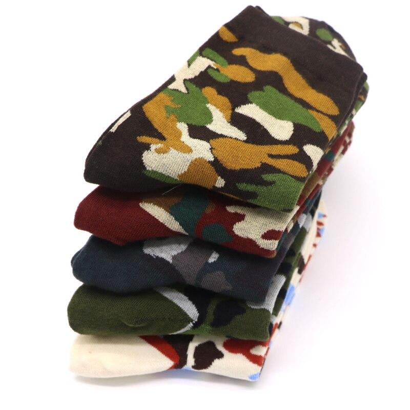 1 Paar Camouflage Socken Frauen Baumwolle Blends Casual Socken Calcetines Mujer Skateboard Hip Hop Lustige Kunst Socken Weibliche Bunte Socke Exquisite Traditionelle Stickkunst