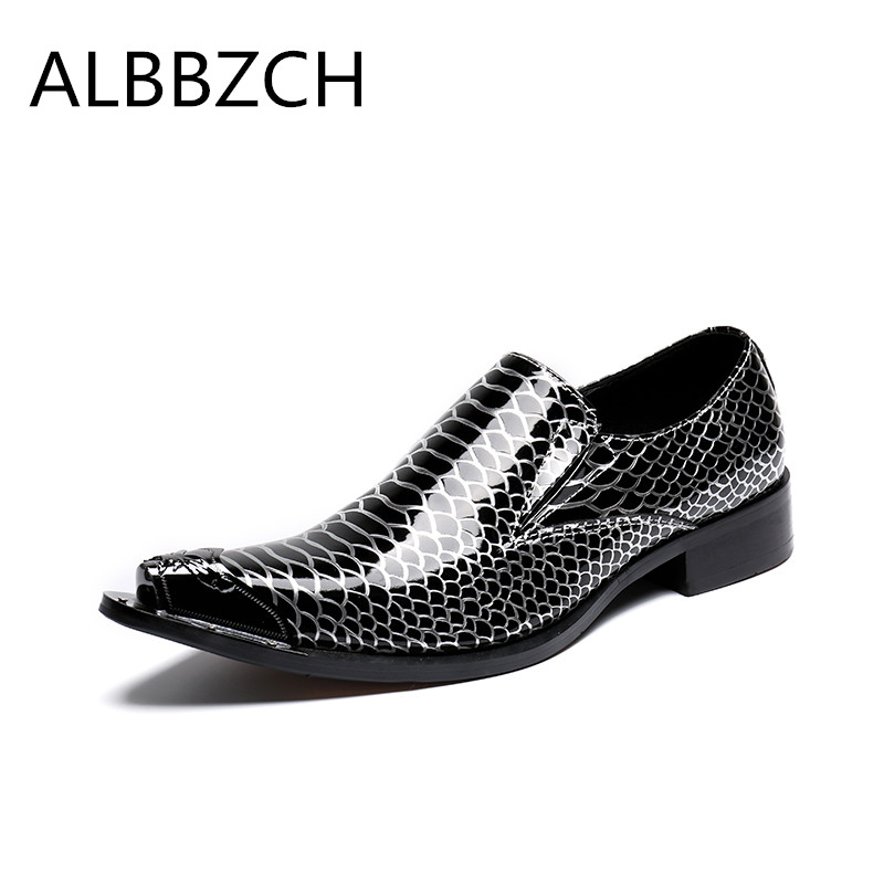 New mens fashion loafers patent leather casual shoes men loafers pointed toe slip on wedding drees sheos career work shoes 45 46New mens fashion loafers patent leather casual shoes men loafers pointed toe slip on wedding drees sheos career work shoes 45 46