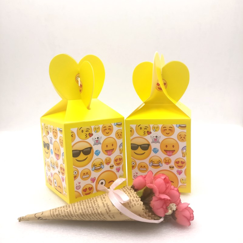 HOT 6pcs/set All Kinds Of Kids Birthday Party Supplies candy Box Case Gift Box Favor Accessory Birthday Party Smiley Face party