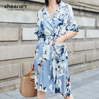 Cheerart 2017 Dell'annata di Estate Delle Donne Del Vestito Floreale Raso Blu Lace Up Allentato Stampa Fiore Beach Wrap Dress Tunica Veste Femme