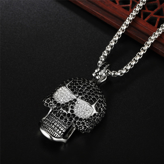 STAINLESS STEEL RHINESTONE SKULL NECKLACE