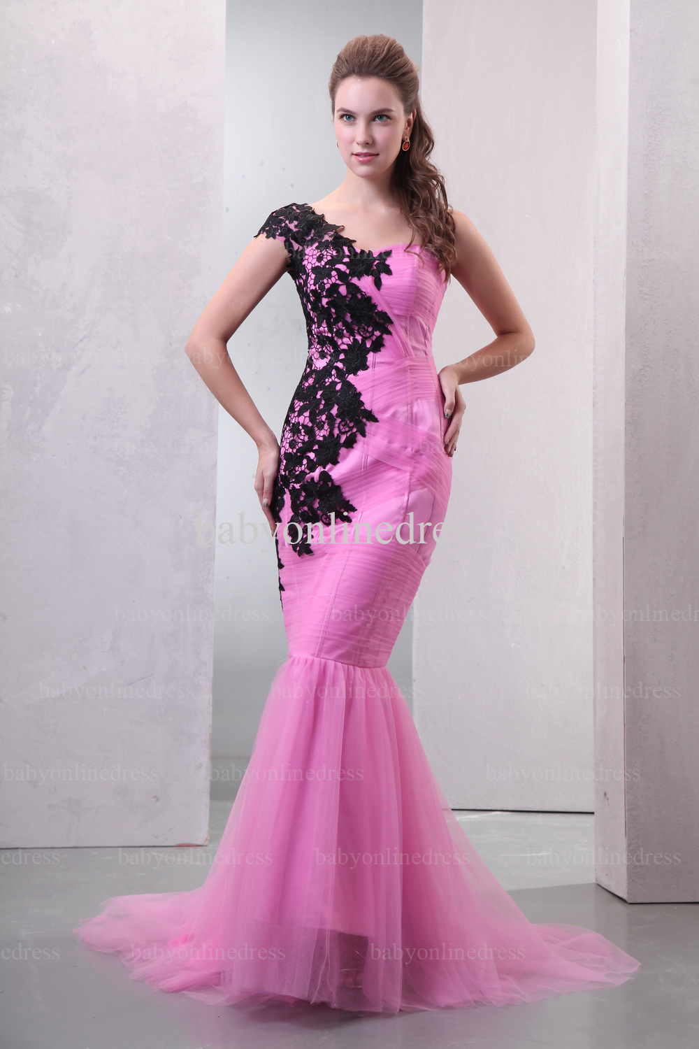 Online Shop Real Sample Sexy One Shoulder Black Appliques Pink ...