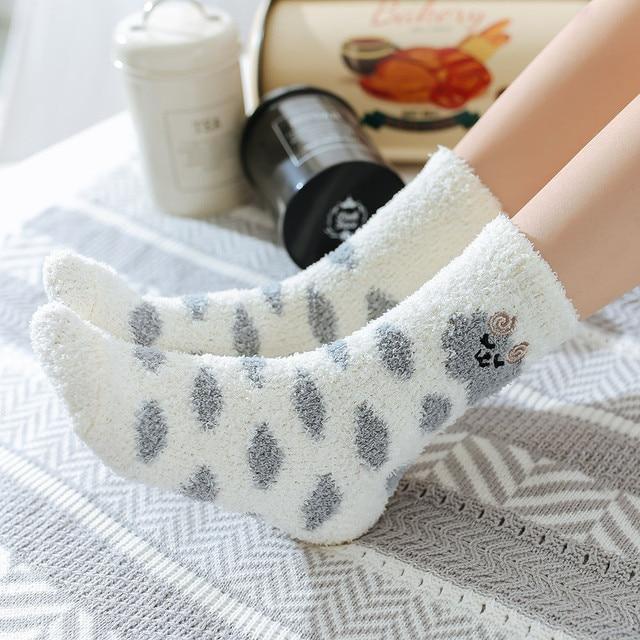 7d431667ab2 1 Pair Women Wave Dot Cotton Socks Multi-Color Cute Women s Winter Socks  pantyhose women socks