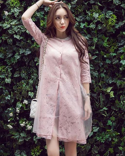 2017 Лето Корейских женщин половина рукав Длинный Участок Полых Кружева Кардиган Пальто Женской Моды Топы XY2019
