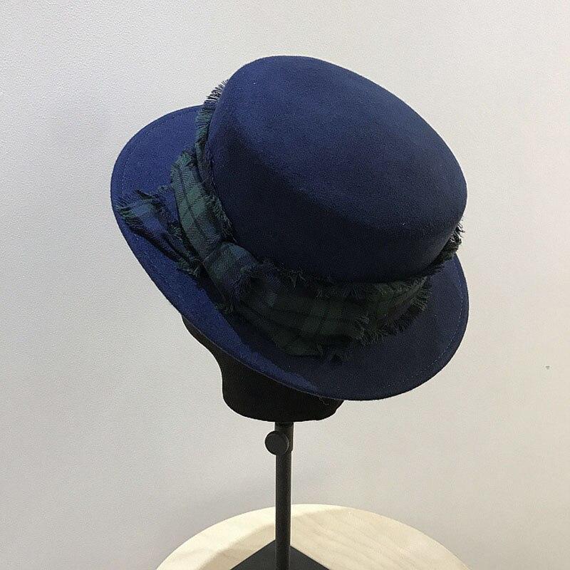 Fibonacci 2018 New Plaid Belt Women Fedora Hat Wool Felt Flat Cap Ladies  Autumn Winter Topper f44eddc18d2