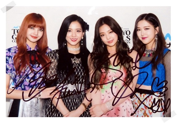 signed Blackpink autographed group photo 6 inches freeshipping 5 versions 102017 bigbang autographed made full 2016 3th album cd photobook random for 6 versions group 5 members gifts 01 2017