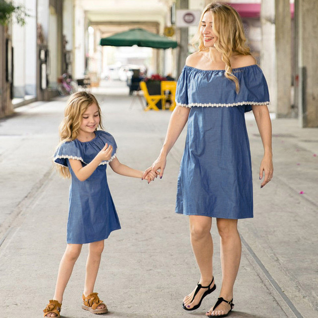 c8a31aea99 Telotuny mother daughter dresses Off-Shoulder Lace Splice Denim Dress  Family Matching Clothes moeder dochter kleding JL 05