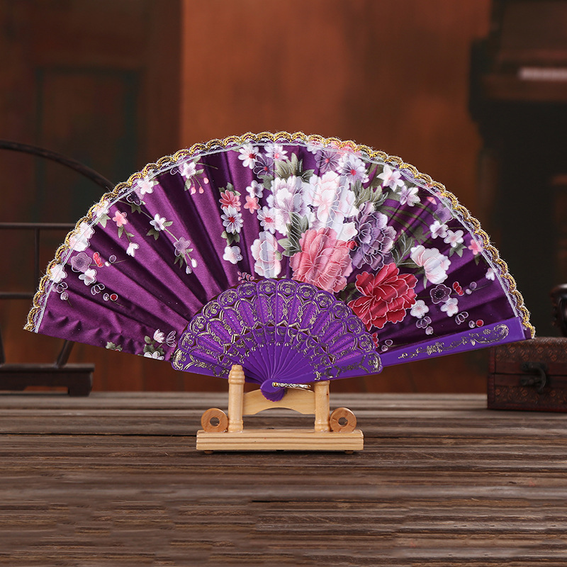 Japanese Style Folding Ladies Hand Fan Elegant Lace Cloth Craft Plastic Dance Fan Party Wedding Gifts Home Decoration Silk Fans