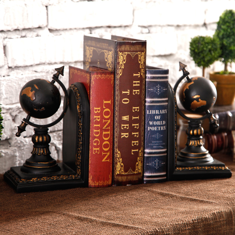 Study the living room decoration cabinet office Home Furnishing retro globe book book bookend soft decoration