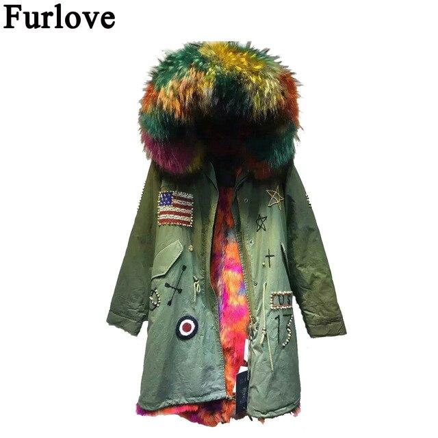 532f1c280aef0 Parka con capucha de piel de mapache con forro de piel sintética y forro de  piel sintética con forro de piel sintética en el interior de la chaqueta de  ...