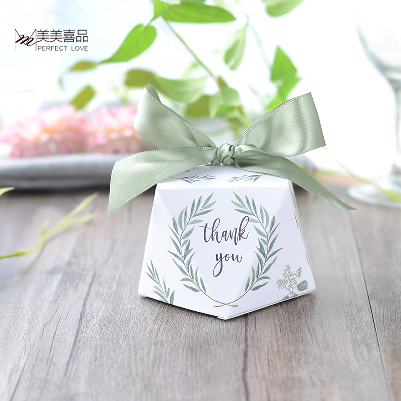 50/100pcs New Diamond shape Green leaves forest style Candy Box Wedding Favors And Gifts Party Supplies thank you Gift Box