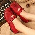 2017 Mulheres Sapatos Feitos À Mão de Couro Genuíno Salto Plana De Pele De Carneiro Sapatos de Sola Macia Confortáveis Das Mulheres Casuais