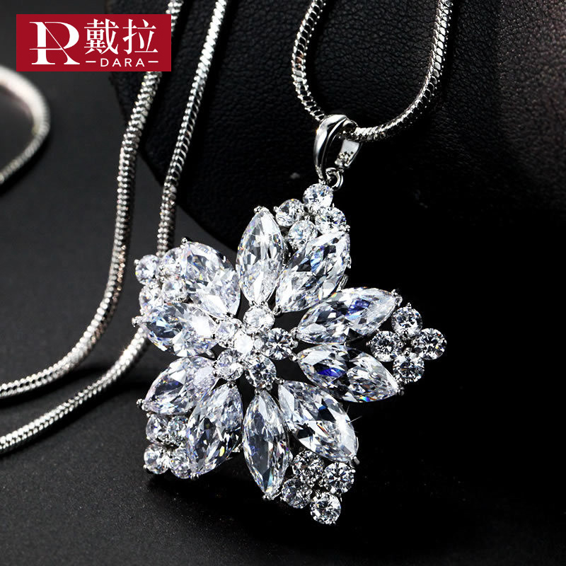 DARA New Fashion Women Noble Long Necklace Full Crystal Flower Pendant Necklace Swearter Chain Jewelry For Friendship Jewelry