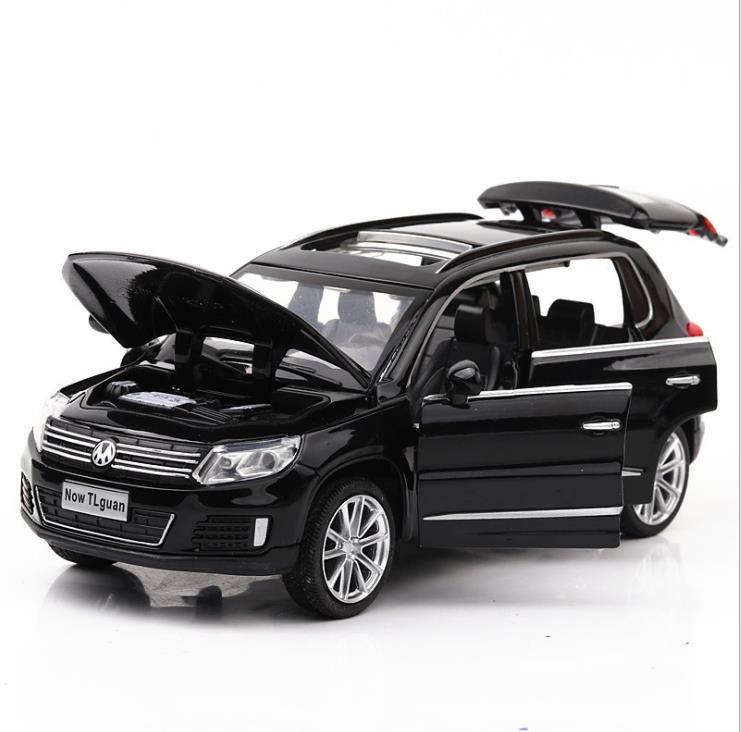Alta simulação tiguan modelo, 1:32 escala liga puxar para trás suv carro, muaical & piscando, diecast metal modelo brinquedos, shpping livre