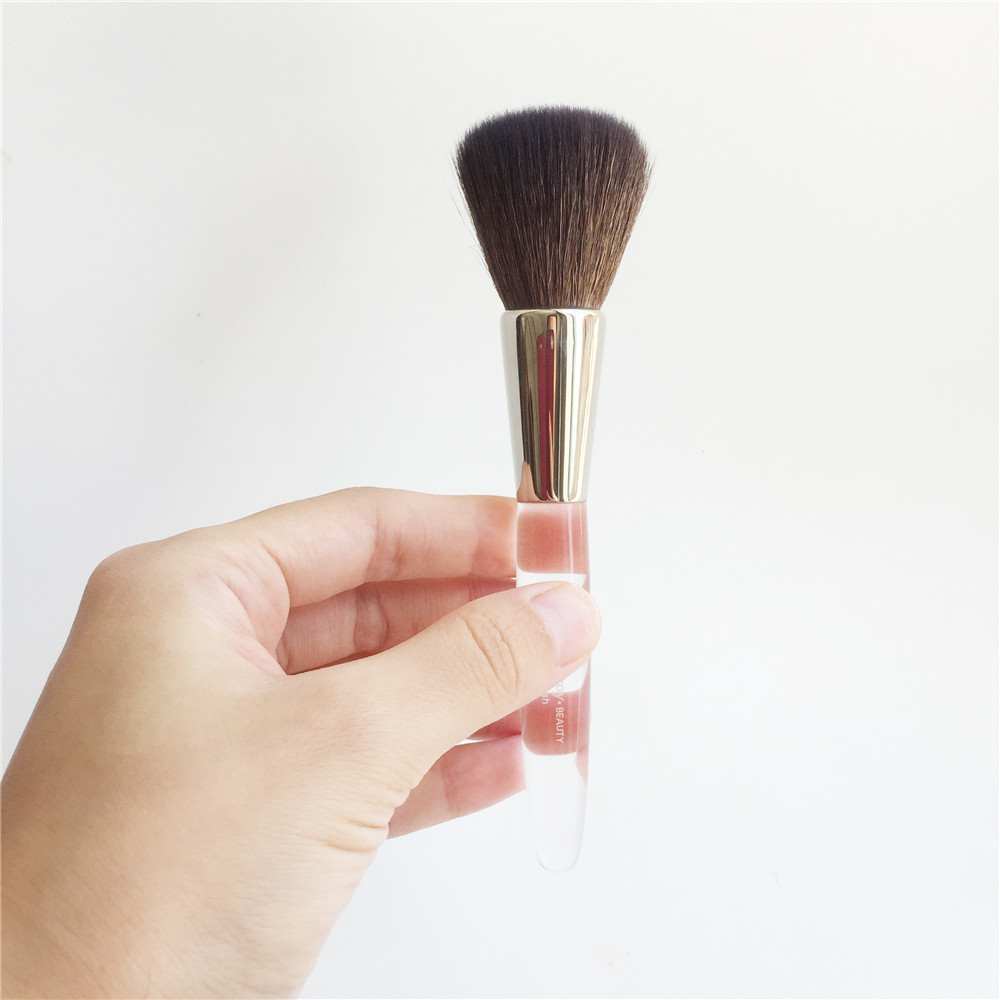 Trish Mcevoy Powder Blush Brush _ 2